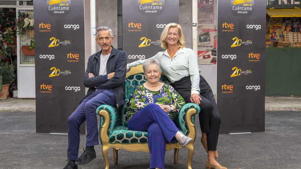Imanol Arias, María Galiana y Ana Duato en la celebración del 20 aniversario de 'Cuéntame'.