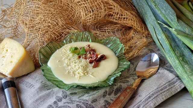 Vichysoisse de pera con parmesano y jamón, una crema deliciosa