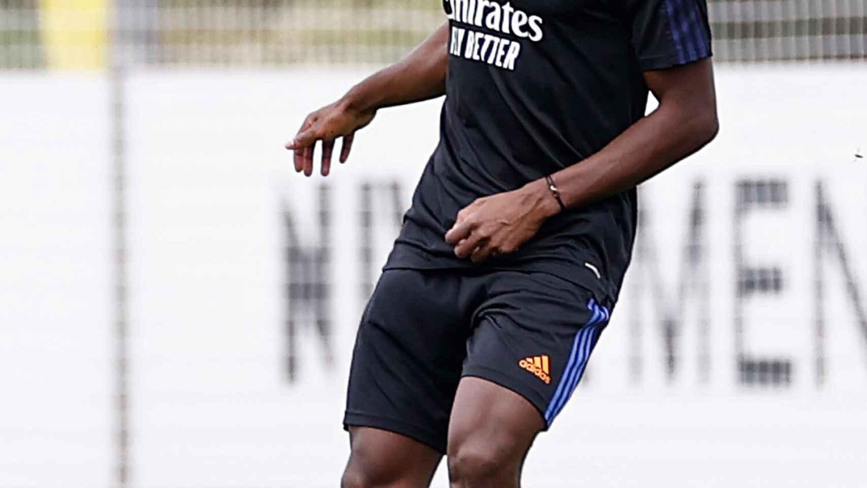 David Alaba, durante un entrenamiento del Real Madrid