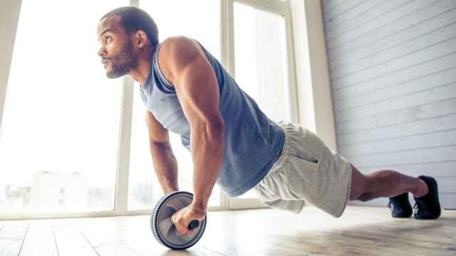 Incorpora una rueda abdominal en tu rutina de ejercicios: estas son las mejores