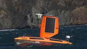El barco autónomo que se mete en el huracán para recopilar datos.