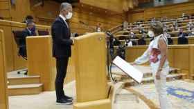 Susana Díaz abandona Andalucía, jura la Constitución y ya ocupa su asiento en el Senado