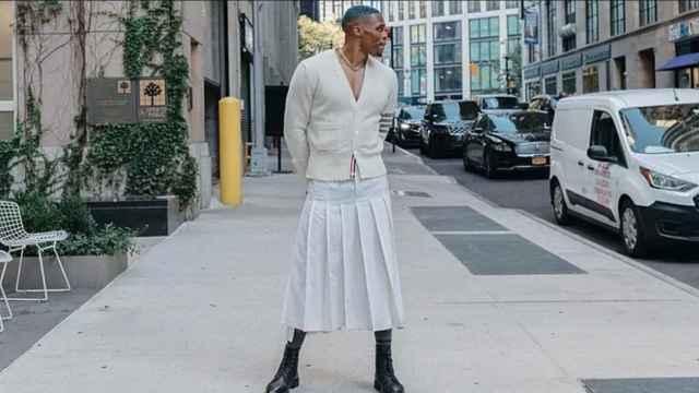 Russell Westbrook se pone falda en Instagram