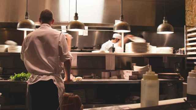 Cocina de un restaurante. FOTO: Pixabay.