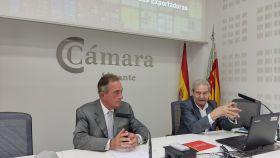 El presidente de la Cámara, Juan Riera, en la reunión de la cámara con importadores y exportadores.
