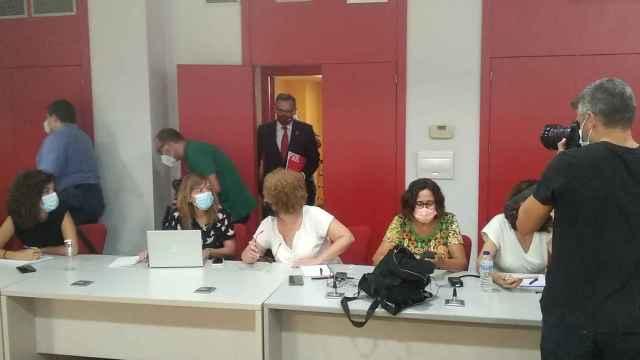 El secretario general del PSOE de la Región de Murcia, Diego Conesa, durante su declaración institucional.