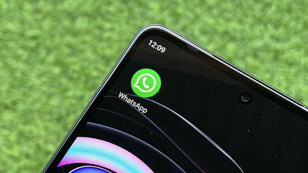 El truco de WhatsApp para bloquear a un contacto sin entrar en el chat.