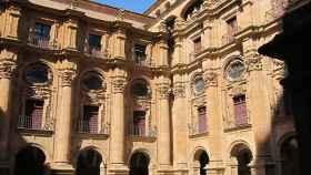 Archivo - Claustro de la sede central de la Universidad Pontificia de Salamanca