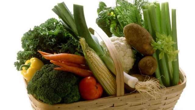 Lo que nunca debe faltar en una cesta de verduras equilibrada.
