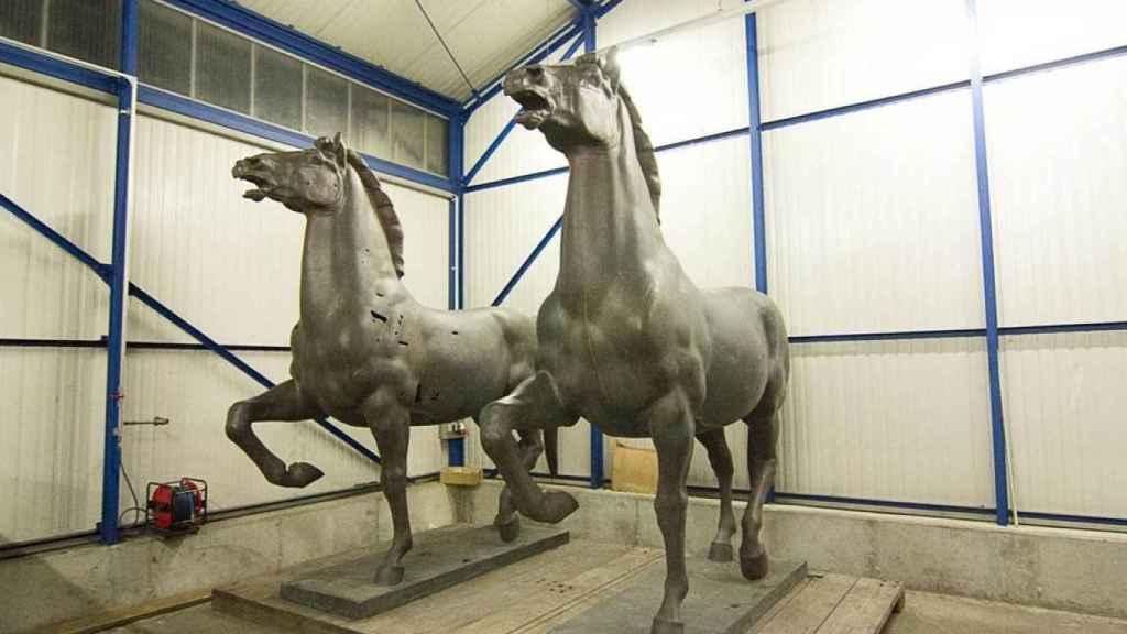 Los caballos de Thorak durante su traslado a Berlín.