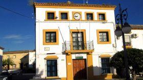 Fachada del Ayuntamiento de Torrecera.