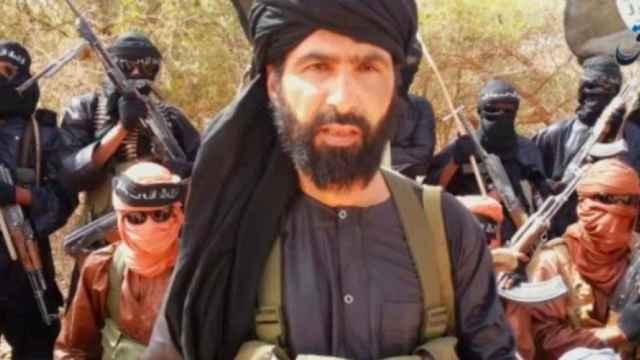 Adnan Abu Walid al Saharaui, líder del Estado Islámico del Gran Sáhara.
