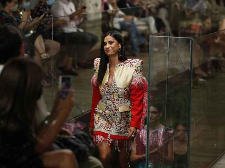 Desfile de Odette Álvarez en el off de Fashion Week.