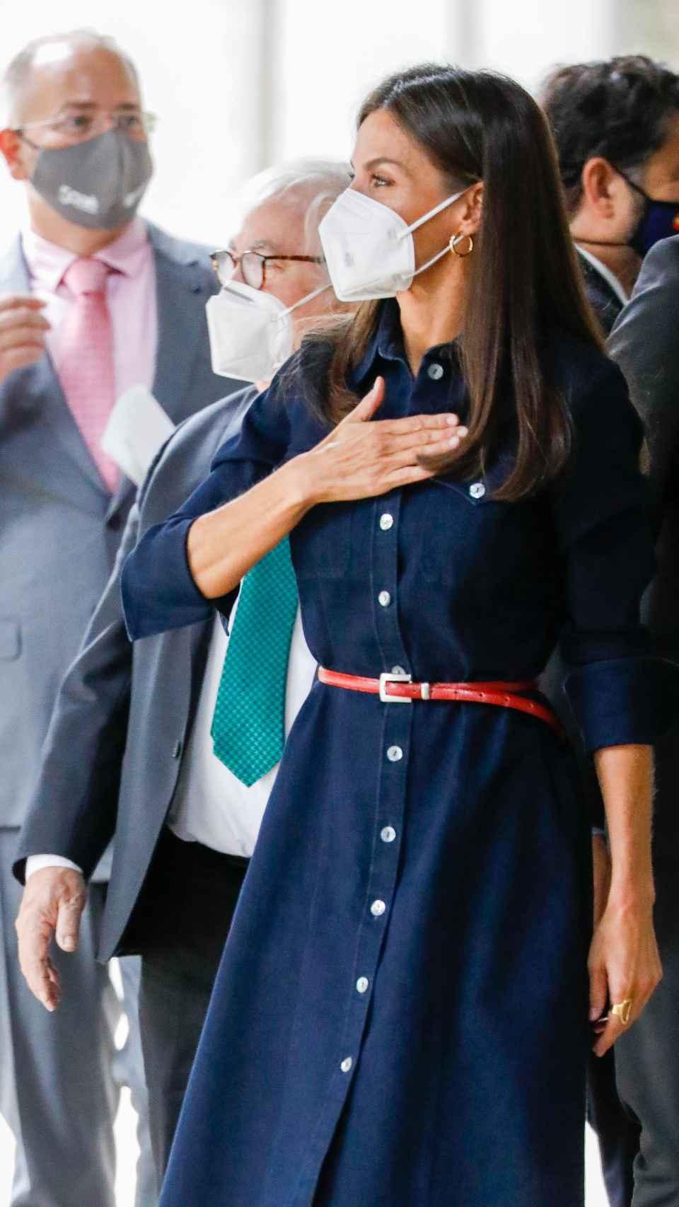 La reina Letizia, emocionada al regresar este pasado martes a la que fue su facultad.