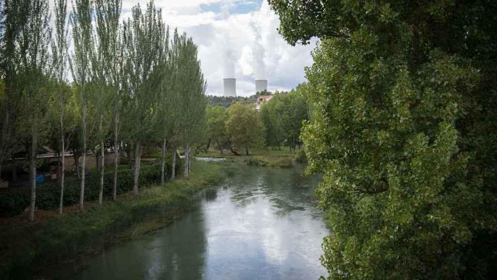 La central nuclear de Trillo, a orillas del río Tajo.
