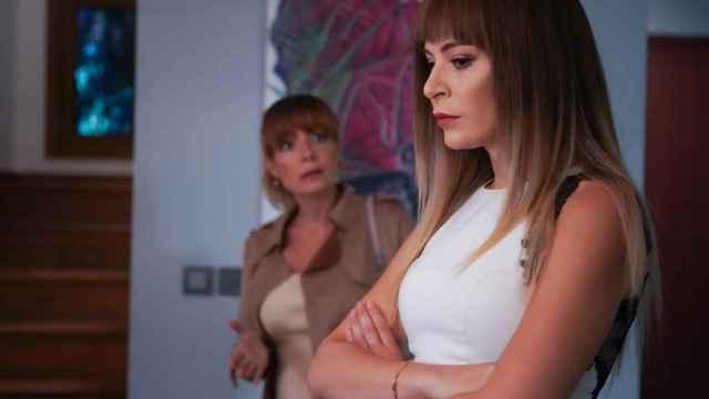 Volkan descubre que Derin está embarazada en el nuevo capítulo de 'Infiel'