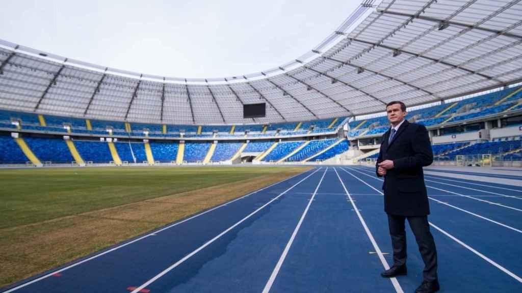 Witold Banka, presidente de la Agencia Mundial Antidopaje, en un estadio