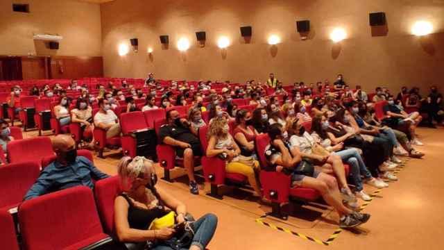 Asamblea de trabajadores de la planta de Vega Mayor en Iniesta (Cuenca)