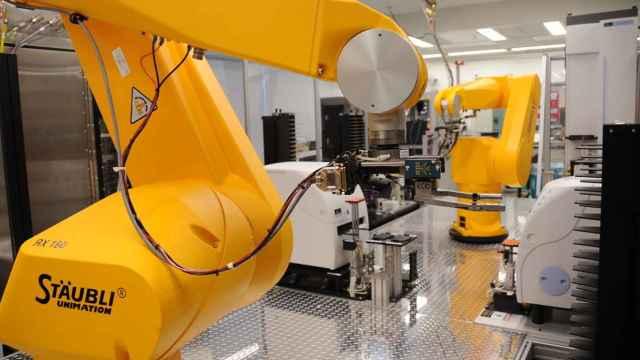 Una industria de Castilla y León, con procesos automatizados.