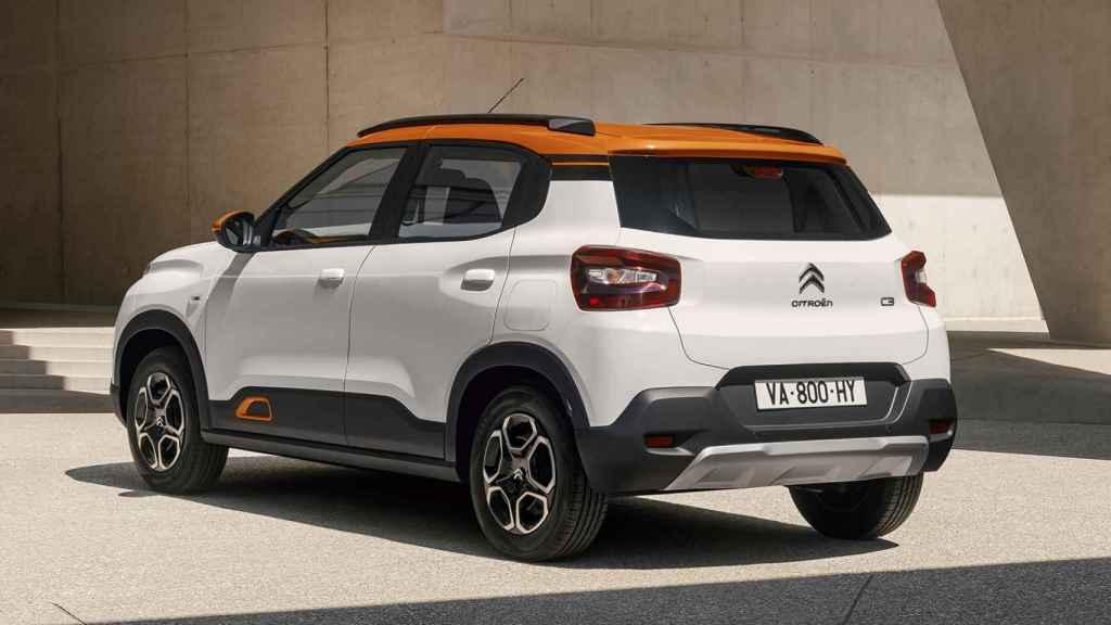 ESte Citroën está basado sobre una plataforma y gama de motores ya conocidos.