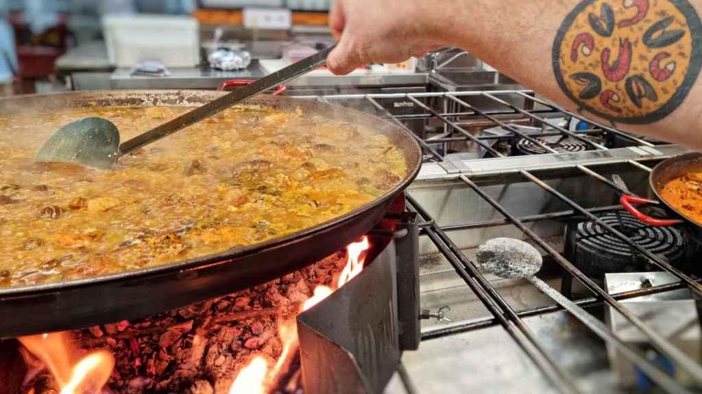 La Mejillonera en Benidorm ha ganado el premio a la mejor paella cocinada en un restaurante de la Comunidad Valenciana en el Concurso Internacional de Sueca (Valencia).