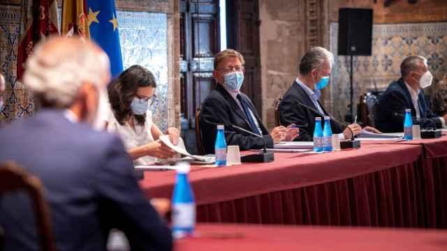 Ximo Puig, en una reunión esta semana.