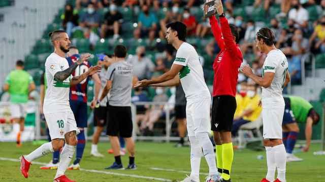 Javier Pastore, debutando durante el Elche - Levante