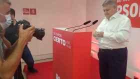 José Vélez, delegado del Gobierno, este sábado, presentando su candidatura a las primarias.