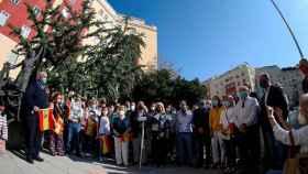 El alcalde de Madrid, Jose Luis Martínez Almeida, y la presidenta de honor de la Asociación de Víctimas del Terrorismo, María Pedraza, entre otros, participan de la ofrenda floral a las víctimas de ETA.