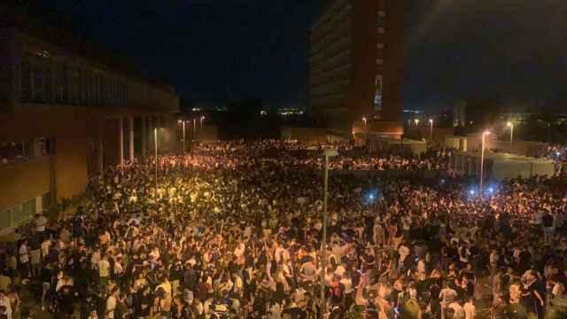 Imagen del botellón del pasado fin de semana en Madrid.