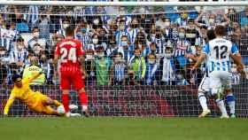 Bono detiene un penalti a Oyarzabal en el Real Sociedad - Sevilla