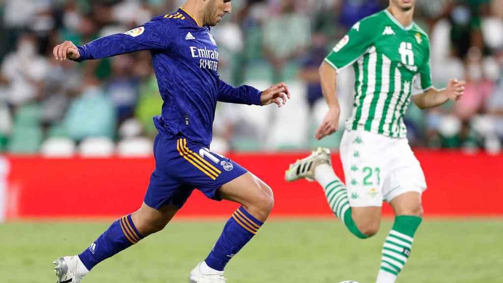 Marco Asensio en un partido de Liga contra el Betis