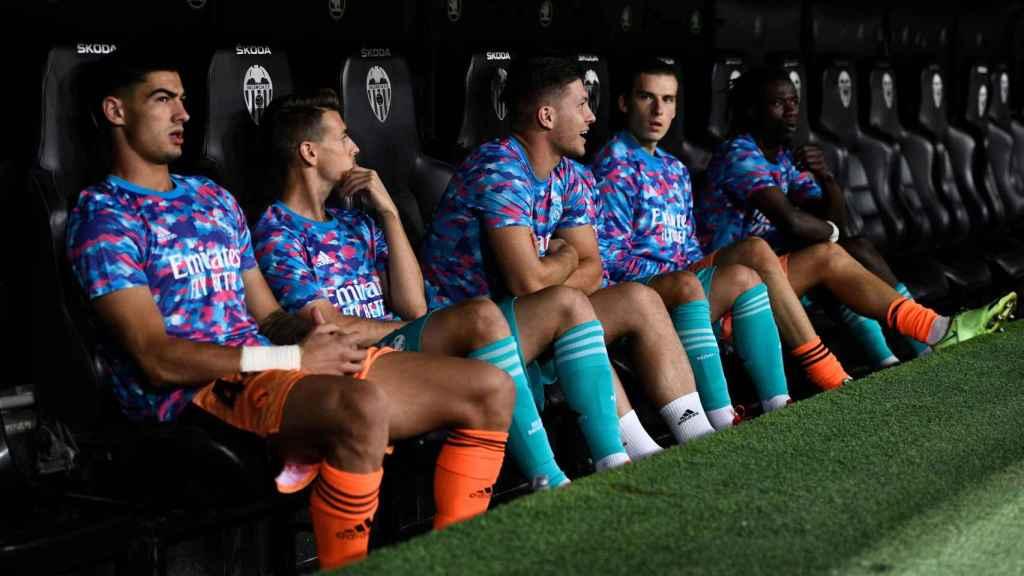 En banquillo del Real Madrid en Mestalla