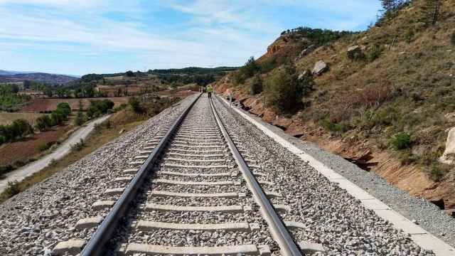 Convocan una concentración en la estación en Cuenca para defender el tren convencional