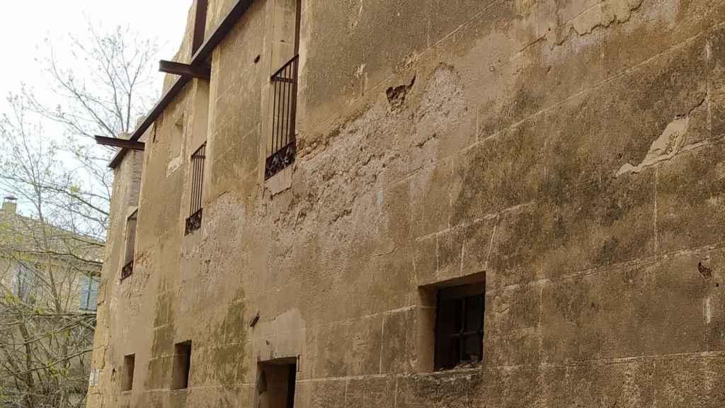 Casa de la Cofradía de Santa-Cruz y Santa-Elena en Salamanca