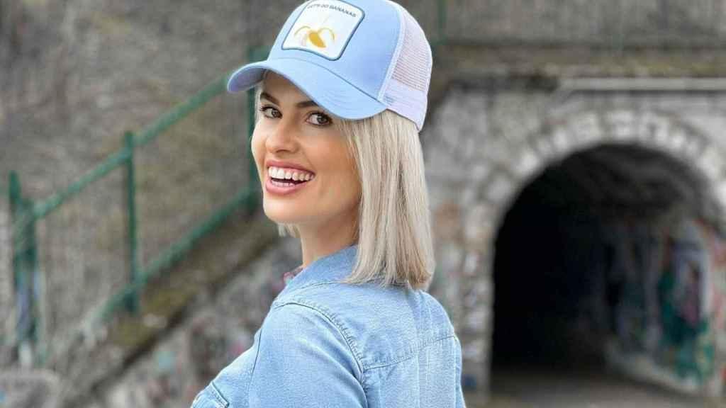 Quién es Adriana Abenia, la presentadora invitada a 'Pasapalabra' desde esta tarde