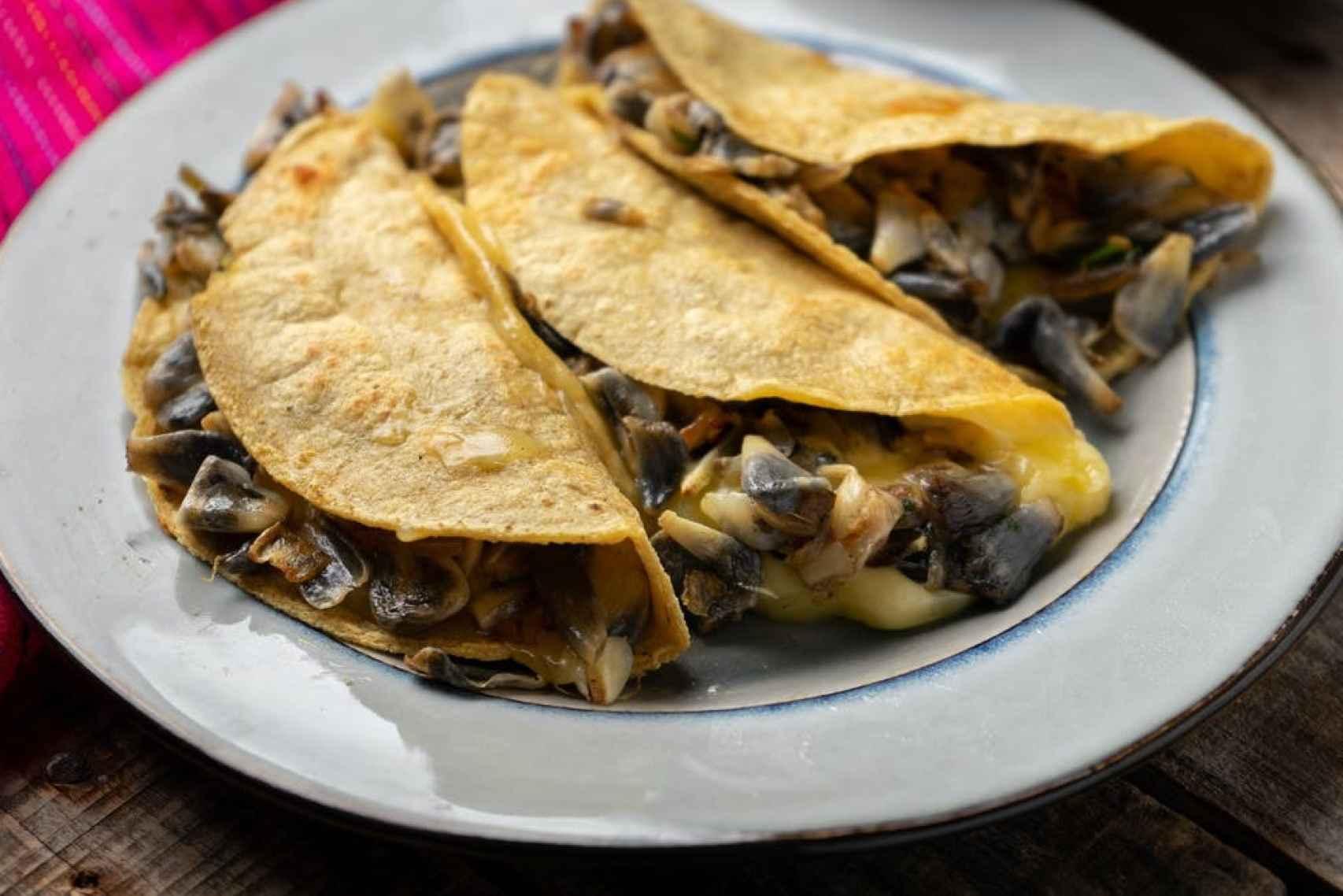 Tortitas con huitlacoche.