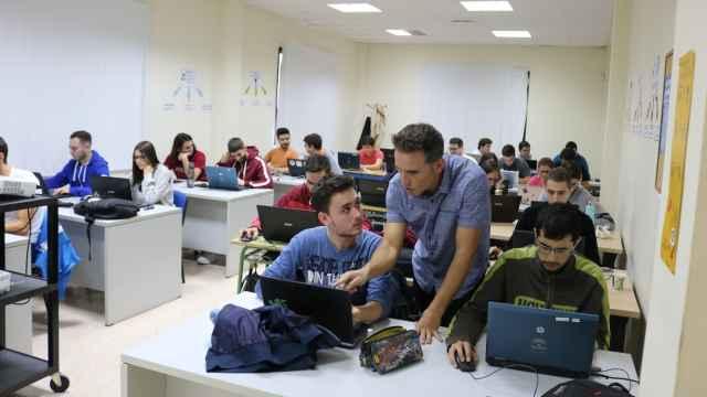 Sergio Banderas, durante una clase