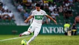 El delantero del Elche, Lucas Pérez, celebrando el gol ante el Levante del pasado sábado.