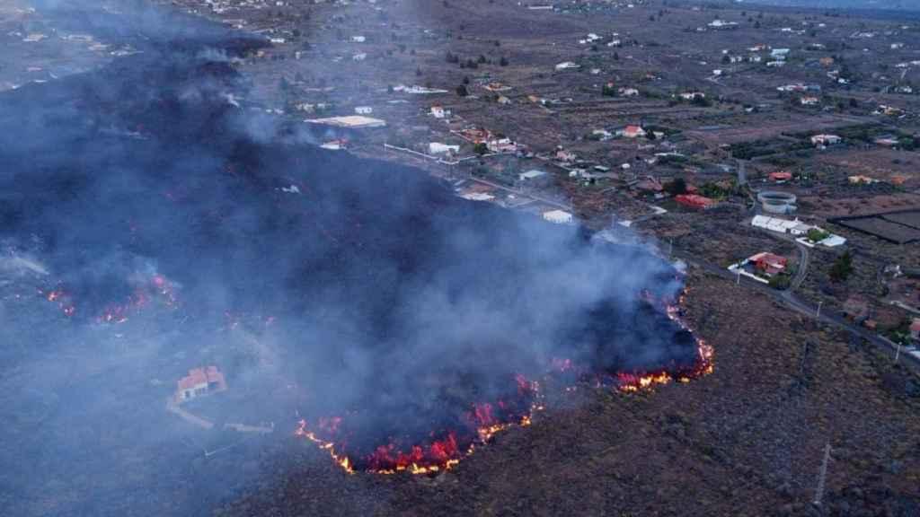 La Palma se prepara para la llegada de la lluvia ácida cuando la lava llegue al mar: así es este fenómeno