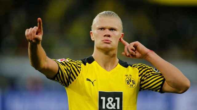 Erling Haaland celebra un gol con el Borussia Dortmund en la 2021/2022