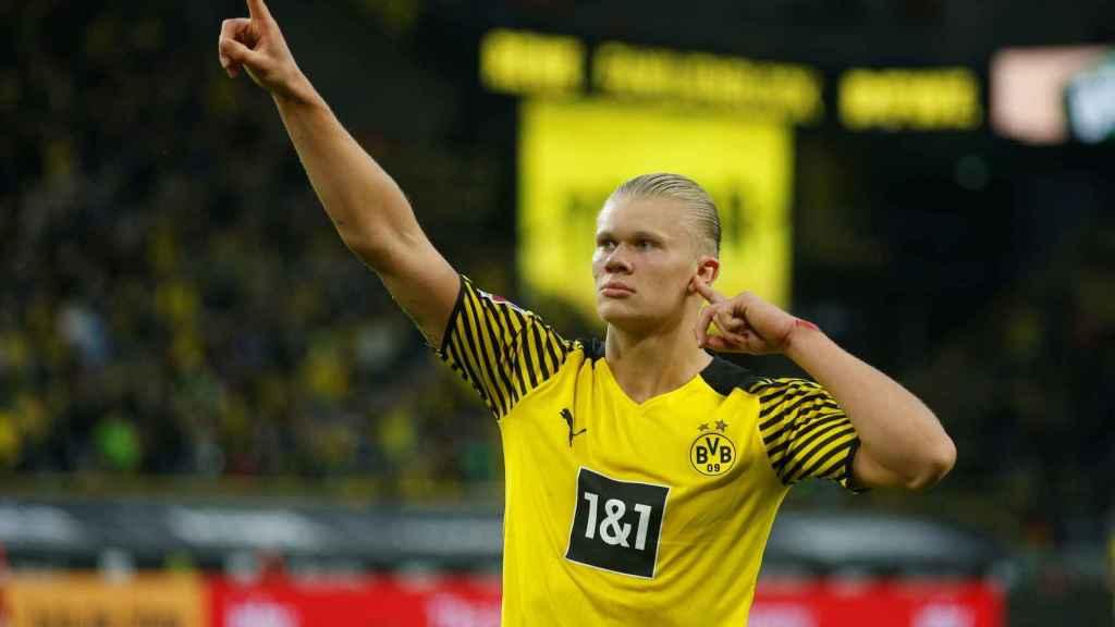 Erling Haaland celebra un gol con el Borussia Dortmund en la temporada 2021/2022