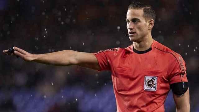 Javier Alberola Rojas, árbitro castellano-manchego de La Liga. Foto: javieralberolarojas.com