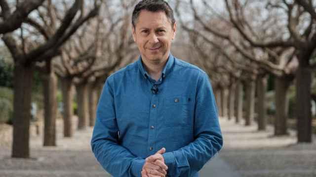 El periodista toledano Julián Cano, presentador y director de Héroes Anónimos en CMMedia.