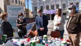 El alcalde de Guadalajara, Alberto Rojo, en el Día del Alzheimer este miércoles ante el Ayuntamiento