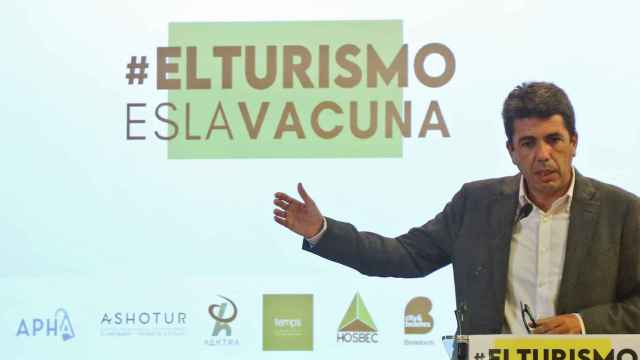 Carlos Mazón rechaza totalmente la tasa turística y pide a Ximo Puig que la desautorice.