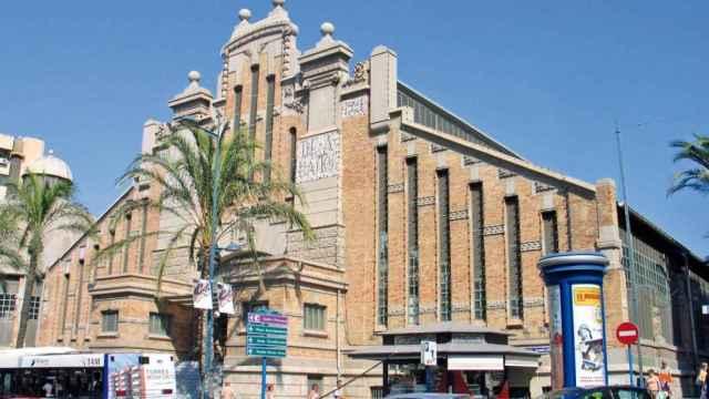 Mercado Central de Alicante en la avenida de Alfonso el Sabio.