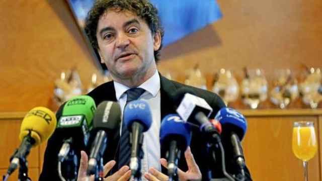 El secretario autonómico de Turismo, Francesc Colomer, en una rueda de prensa.