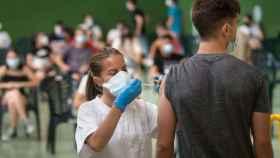 Vacunación masiva contra el Covid