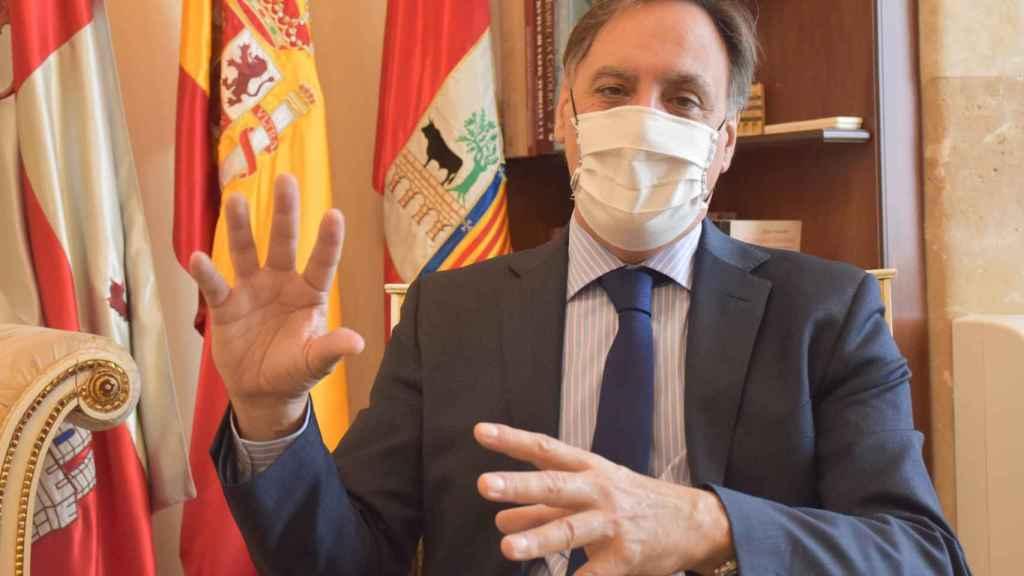Carlos García Carbayo, alcalde de Salamanca